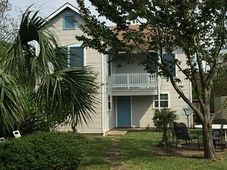 Bahama Breeze - Amazing House & Great Location; Walk to Beach and Pleasure Pier
