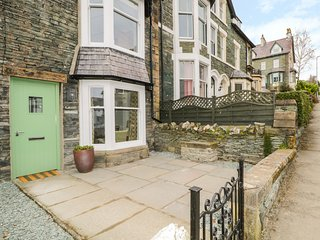 ROSELEA, over three floors, perfect for exploring, woodburner, in Keswick