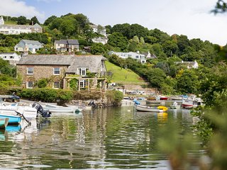 ISLAND HOUSE,  exceptional, pet friendly, waterside property with wood burning