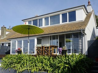ROCK ROSE, superb, contemporary house with panoramic sea views. In Downderry.