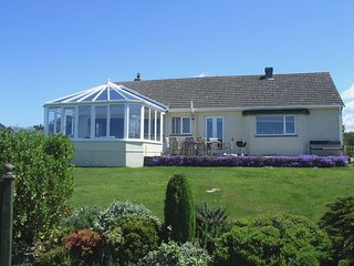 SEAWYNDS, large bungalow near Trelights in an Area of Outstanding Natural Beauty