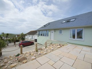 ABURGHLEY, beautiful, detached house 250 yards from the beach with sun terrace a