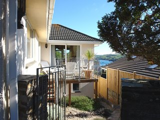 LONGRIDGE, impressive detached split level house, 800 yards from quay. Super vie