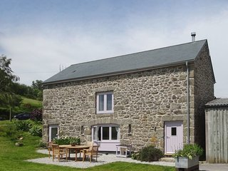 PUDDAVEN, beautiful, south facing Dartmoor cottage in thirty two acres with