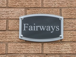 FAIRWAYS, local attractions, situated on golf course, in Prestatyn
