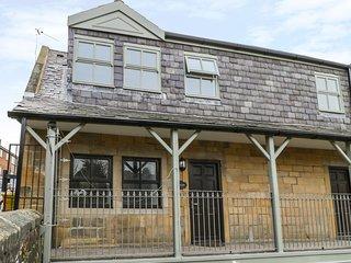 BOLAM, centre of Alnwick, modern interior, WiFi, Ref 964462