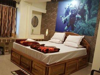 Hotel Dev Haweli (Platinum Suite1)
