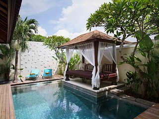 Hip Berawa Beach 2 BR Luxury Private Villa