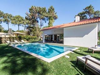 Villa Caena - New!