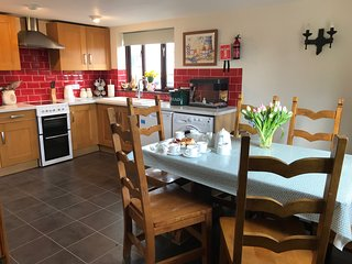 Stunning Devon Country Cottages - Treaslake Farm, Squirrel Cottage, sleeps 6