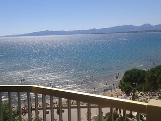 apartamento vistas al mar en la playa capellans de salou