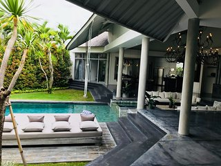 VILLA MISTRAL: Amazing luxury design next to Canggu