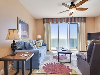1 bed/2 bath~ FREE Activities ~FREE beach chairs!~ Book now for fall savings!