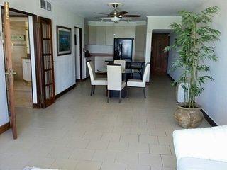 BEACH FRONT BEAUTIFUL CONDO Bedroom 1