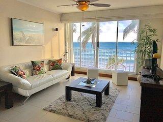 BEACH FRONT BEAUTIFUL CONDO Bedroom 2