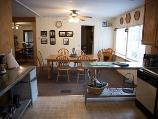 Alpines large kitchen into dining area