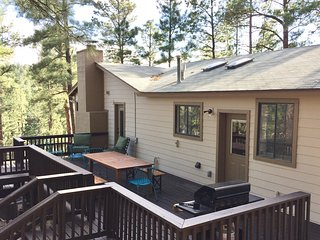 Ruidoso Retreat - 3 bed / 3 bath / In Village Center