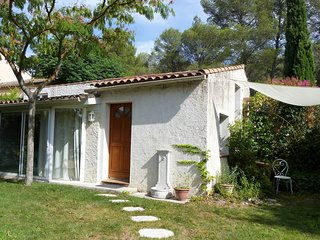 jolie maisonnette proche Aix en Provence