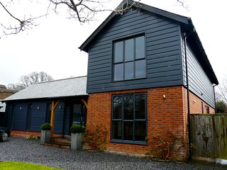 NEW TO MARKET Luxury 3 Bed  Detached House in the New Forest National Park