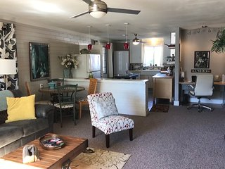 Mesa, Bungalow -RV Parking -Dog Friendly