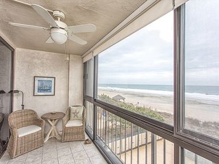 The Islander 4B Breathtaking Oceanfront Views with Incredible Amenities!