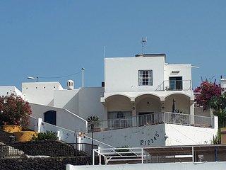 Casa Conrado, la mejor terraza sobre la playa.