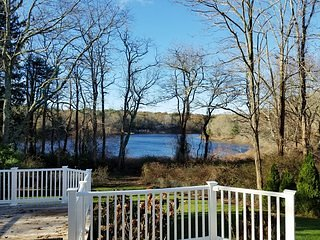 Luxury Cape Cod Waterfront Summer rental BR1