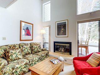 Ski-in/ski-out from dog-friendly condo w/ views, shared pool & hot tub, tennis
