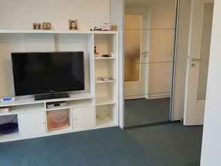 Studio apartment in Hanover with Internet, Parking, Balcony, Washing machine (91