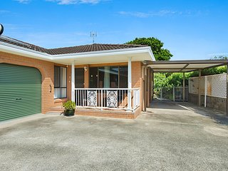 2/54 Keith Compton Drive - 3 Bedroom Duplex Across the road from the Tweed River