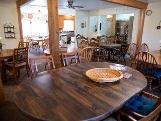 Alpines large dining area
