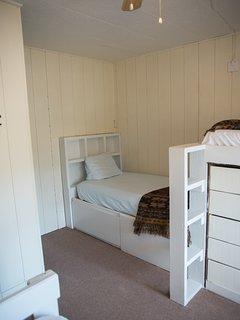 Alpines 2nd 3 twins room