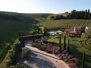 4 bedroom Villa in Giannini, Tuscany, Italy : ref 5605489