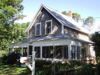 Comfortable, Updated Wellfleet Gem!