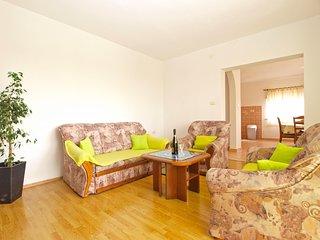 Apartment 16151