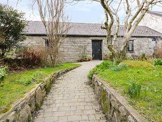 BRUNNION COTTAGE, open plan, all ground floor, in Carbis Bay, Ref 977835