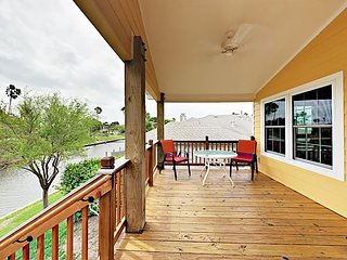 Unique 2BR Canal-Front House w/ Porch & Private Dock - Close to the Beach