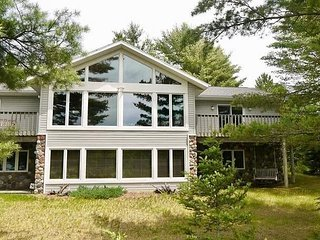 WhiteWoods Cove - Hiller Vacation Homes - Free WIFI
