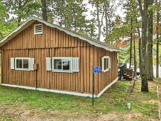 Cottage 4 - Hiller's Pine Haven - Free WIFI