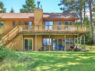 Lost Lake Storybook Vacation Cabin-Book Prime Dates for Your Winter Vacation