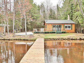 Found Paradise - Hiller Vacation Homes - Seclusion and north woods charm
