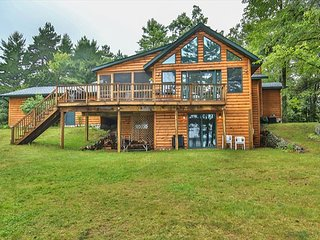 Water's Edge - Hiller Vacation Homes - Big St. Lake - Free WIFI