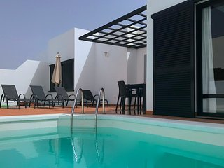 3 Bed/2 Bath Villa Close to the Marina with WIFI, Private Pool and Large Terrace