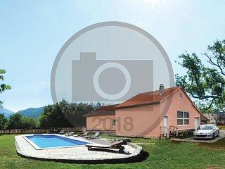 3 bedroom Villa in Neorić, Splitsko-Dalmatinska Županija, Croatia : ref 5605036
