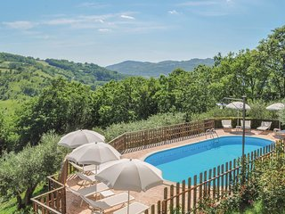 7 bedroom Villa in Giomici, Umbria, Italy : ref 5604970