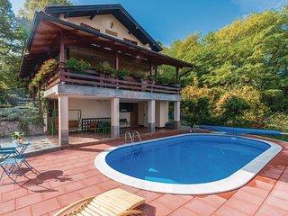 2 bedroom Villa in Kriz Hrastovicki, Sisacko-Moslavacka Zupanija, Croatia : ref