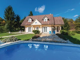 3 bedroom Villa in Gorjakovo, Krapinsko-Zagorska Zupanija, Croatia : ref 5604997