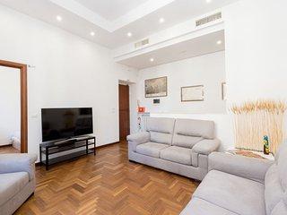2 bedroom Apartment in Campo Marzio, Latium, Italy : ref 5605108