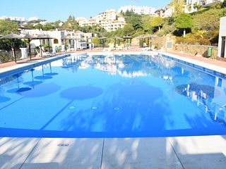 Lovely 2 Bedroom Apartment With Terrace and Easy Pool Access R 115