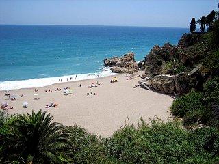 Location d'une villa avec piscine et vue panoramique sur Mer en Andalousie